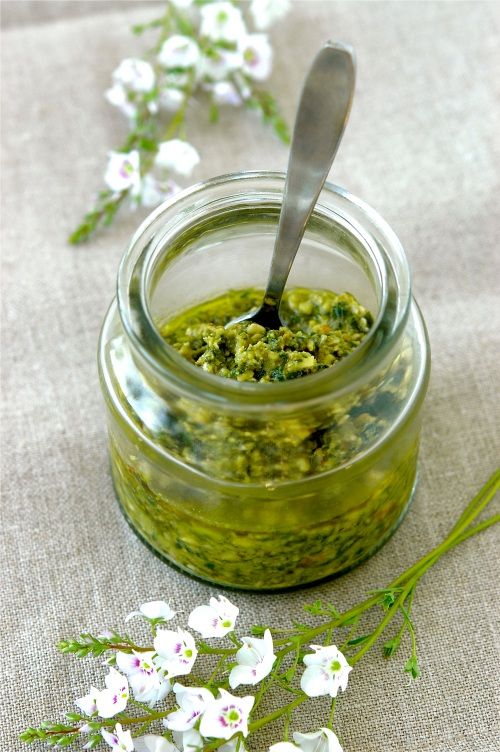 walnut-pesto