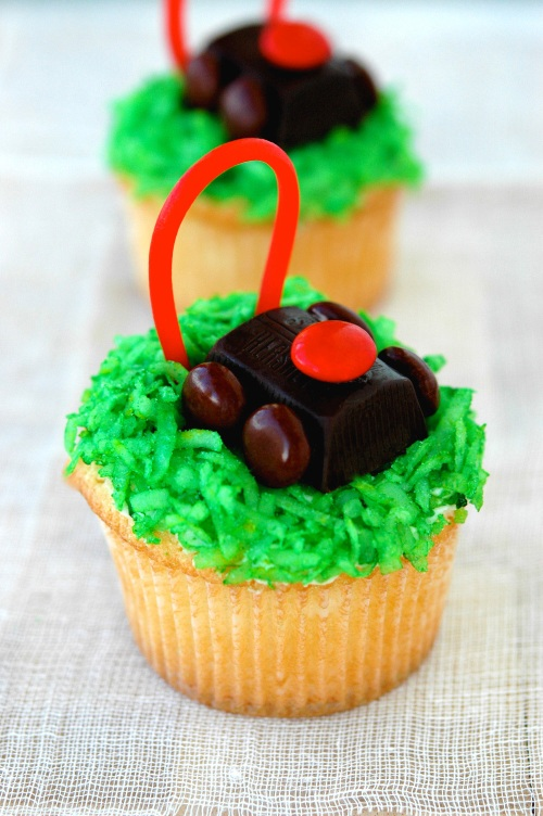 lawnmower-cupcake